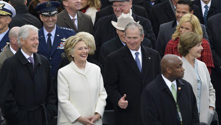 Hillary Clinton, George W. Bush y Bill Clinton en la toma de posesión de Trump