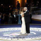 Donald Trump y Melania Trump en el baile inaugural de Washington