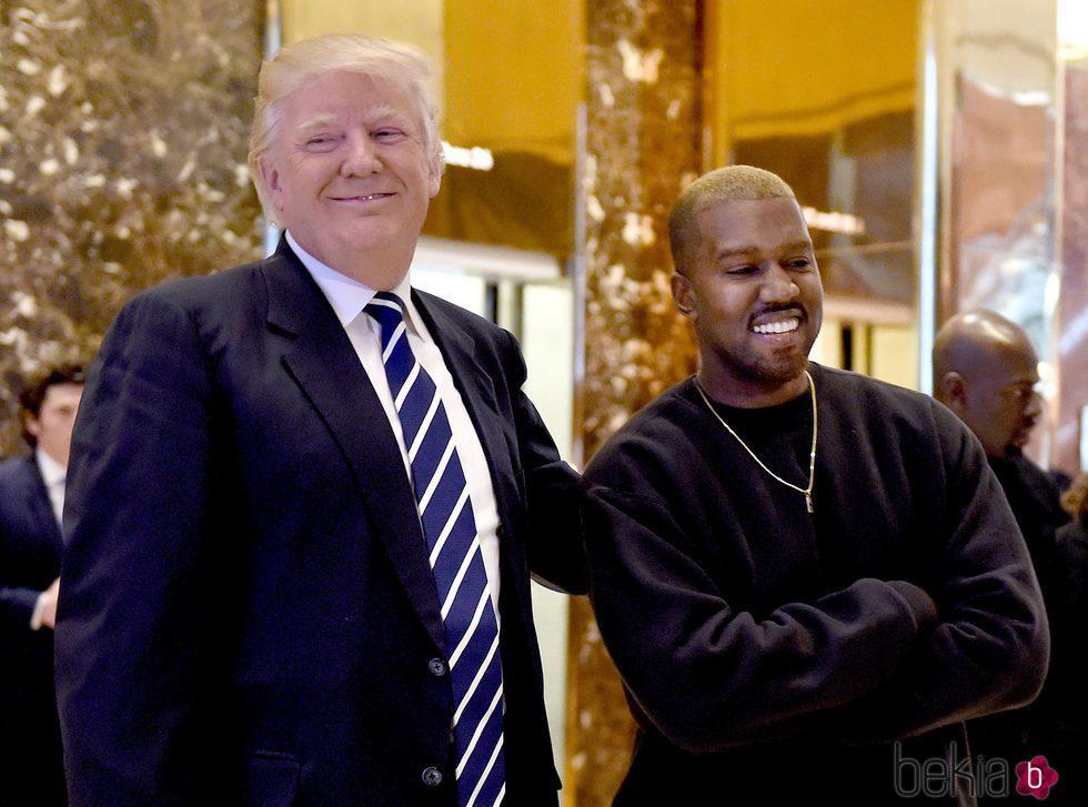 Kanye West reuniéndose con Donald Trump en Nueva York