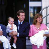 Carolina de Mónaco y Stefano Casiraghi con sus tres hijos Andrea, Carlota y Pierre