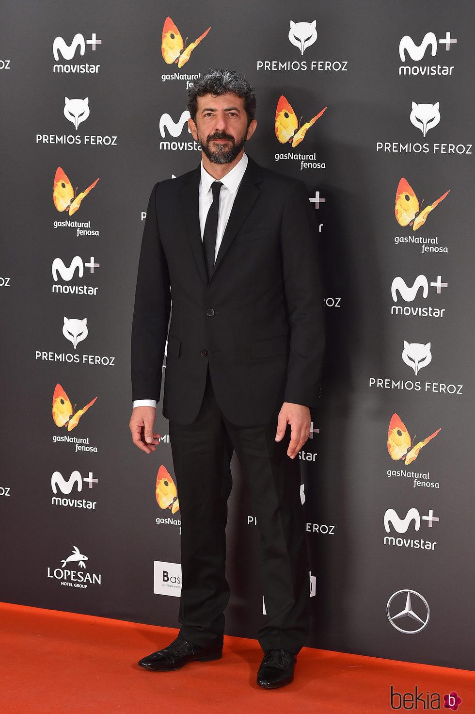 Alberto Rodríguez en la alfombra roja de los Premios Feroz 2017