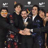 El equipo de 'Paquita Salas' con su Premio Feroz 2017