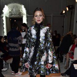 Olivia Palermo en el desfile de Giambattista Valli primavera/verano 2017 en la Semana de la Alta Costura de París