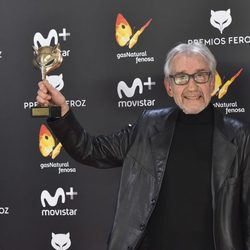 José Sacristán con su 'Feroz' 2017