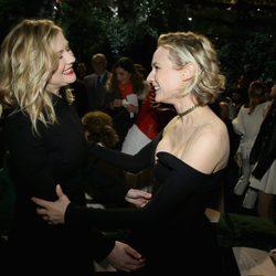 Diane Kruger y Kristen Dunst en el desfile primavera/verano 2017 de Dior en la Semana de la Alta Costura de París