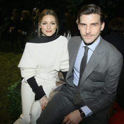 Johannes Huebl y Olivia Palermo en el front row de Dior primavera/verano 2017 en la Semana de la Alta Costura de París