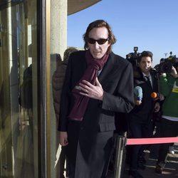 Fernando Gómez-Acebo en el funeral de Bimba Bosé
