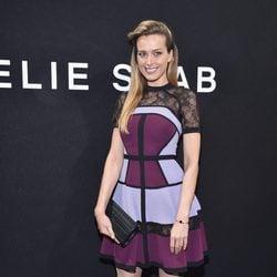 Petra Nemcova en el front row del desfile de Elie Saab en la Semana de la Alta Costura de París