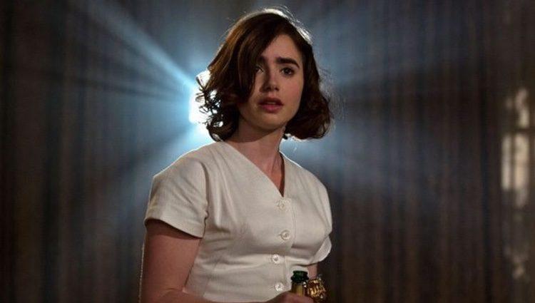 Lilly Collins protagonizando 'La Excepción a la Regla'