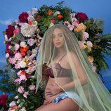 Beyoncé anuncia que está embarazada de gemelos