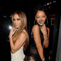 Jennifer Lopez y Rihanna en los Premios iHeartRadio 2014