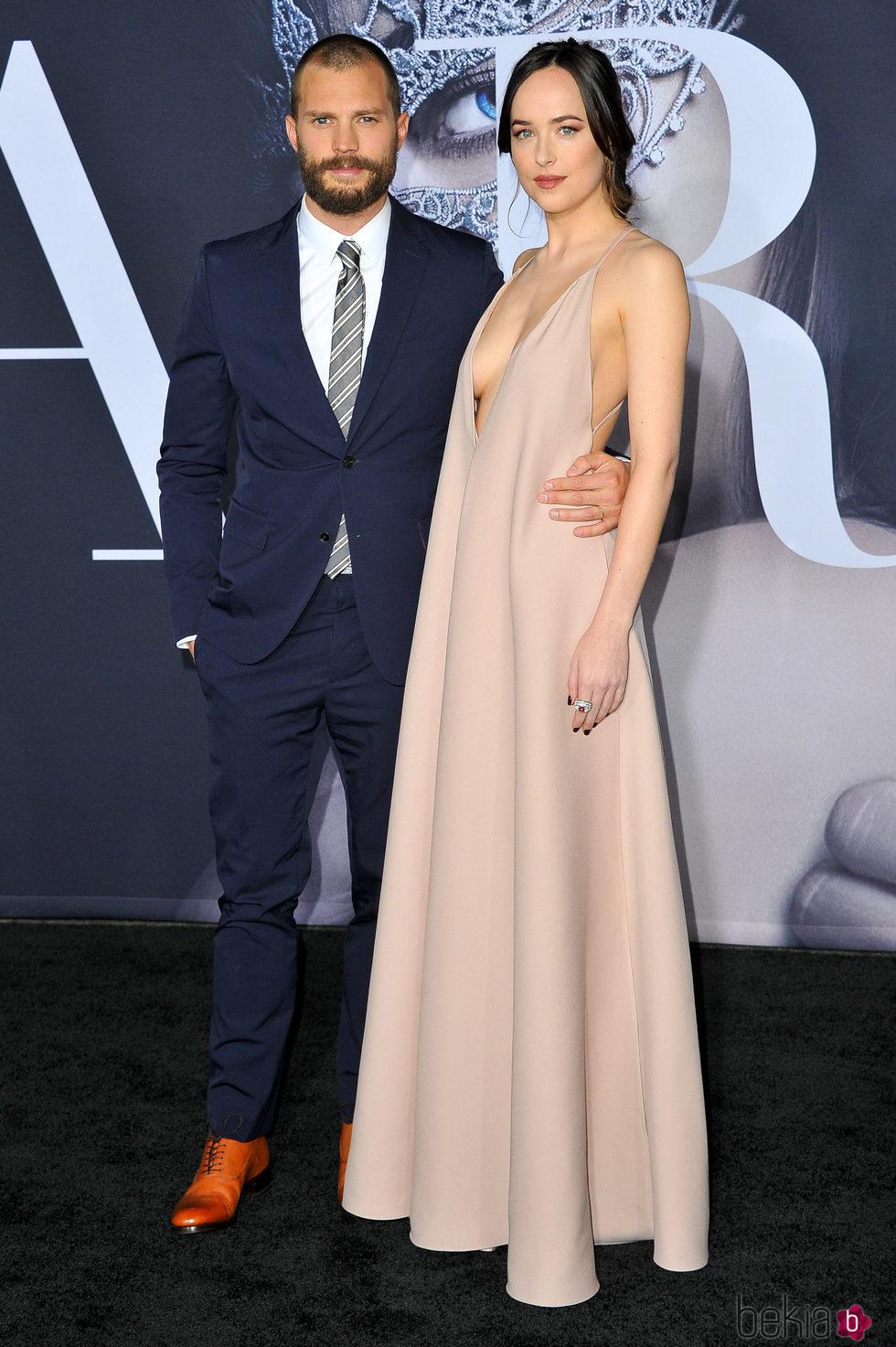 Jamie Dornan y Dakota Johnson en el estreno de 'Cincuenta Sombras más Oscuras' en Los Angeles