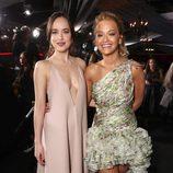 Rita Ora y Dakota Johnson en el estreno de 'Cincuenta Sombras más Oscuras' en Los Angeles