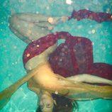 Beyoncé presume de embarazo bajo el agua