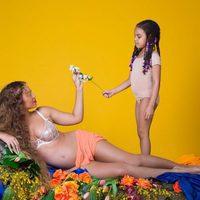 Beyoncé luce embarazo junto a su hija Bue Ivy Carter