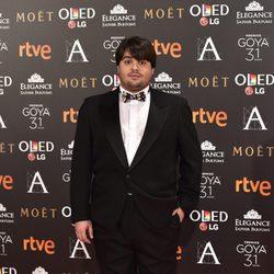 Brays Efe en la alfombra roja de los Premios Goya 2017