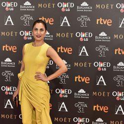 Toni Acosta posa en la alfombra roja de los Premios Goya 2017