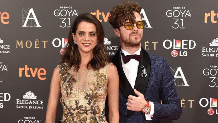 Macarena Gómez y Aldo Comas en la alfombra roja de los Premios Goya 2017
