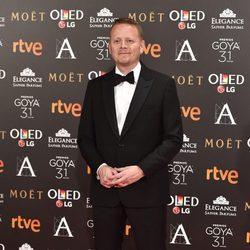 Patrick Ness en la alfombra roja de los Premios Goya 2017