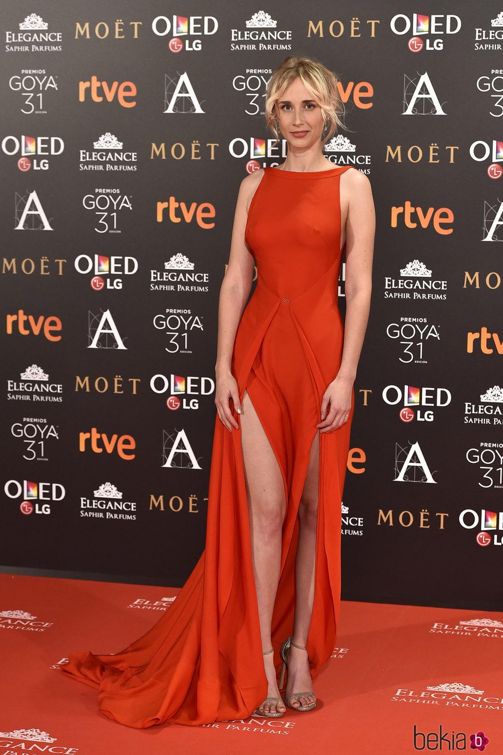 Ingrid García Jonsson en la alfombra roja de los Premios Goya 2017