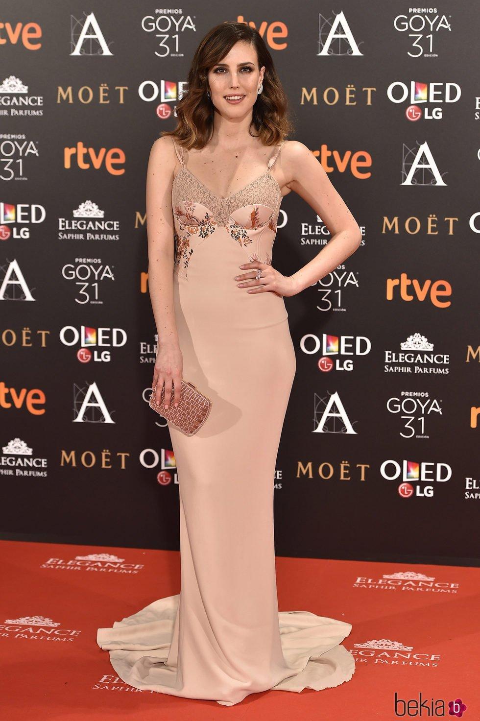 Natalia de Molina en la alfombra roja de los Premios Goya 2017