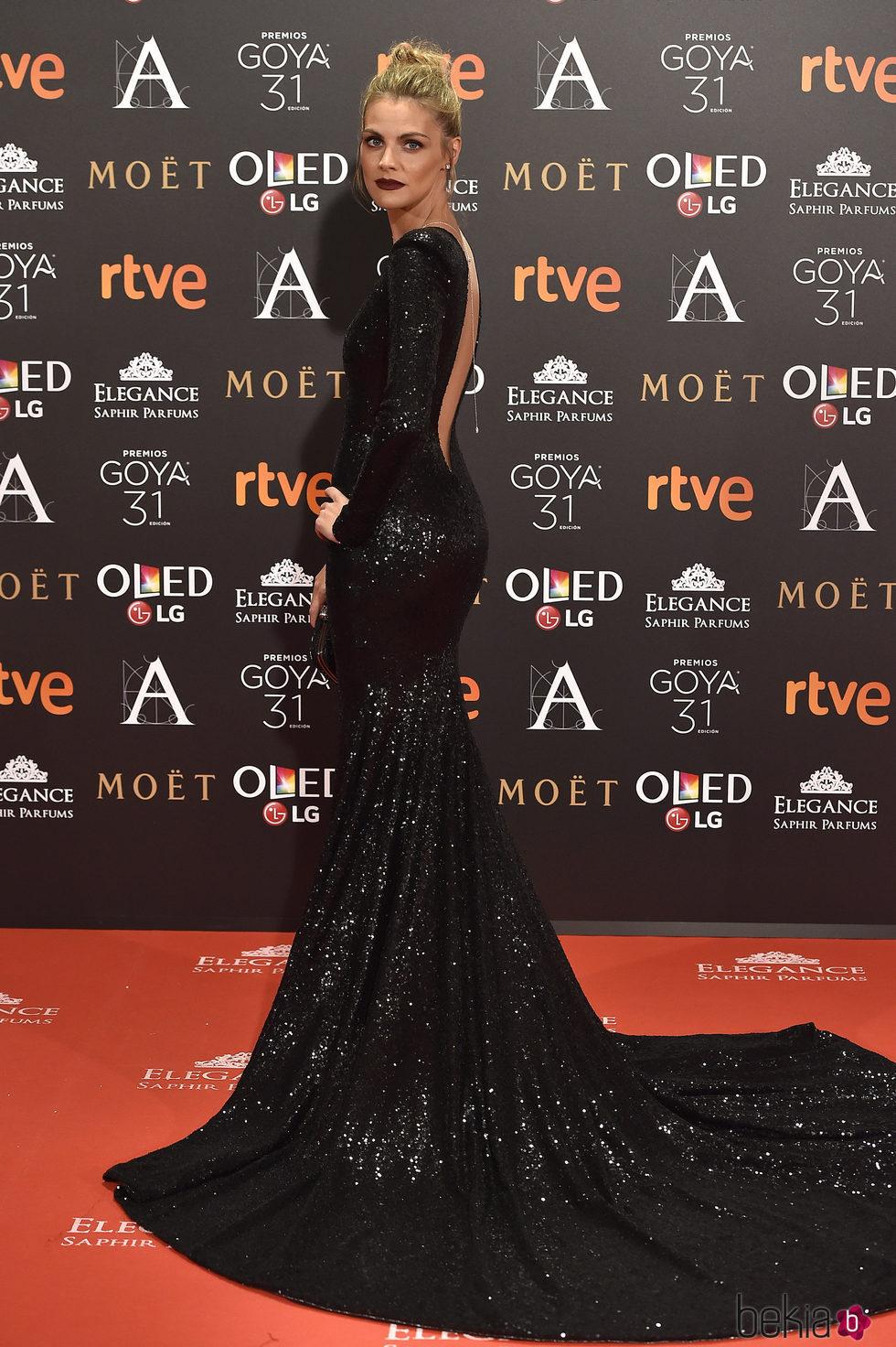 Amaia Salamanca en la alfombra roja de los Premios Goya 2017