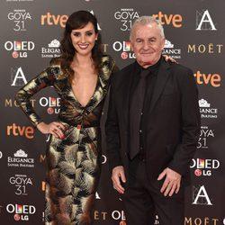 Victor Manuel y su hija Marina San José en la alfombra roja de los Premios Goya 2017