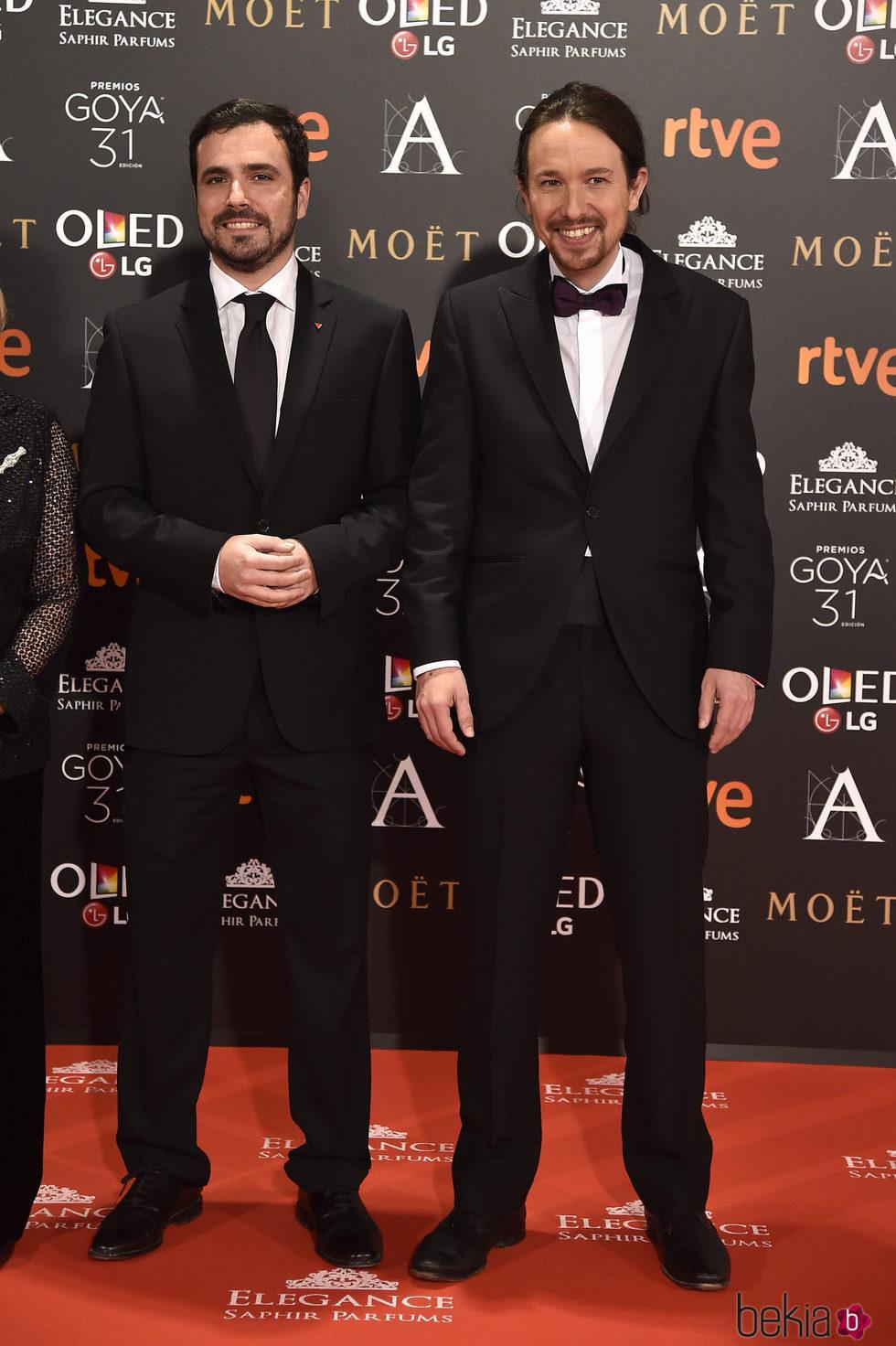 Alberto Garzón y Pablo Iglesias en la alfombra roja de los Premios Goya 2017