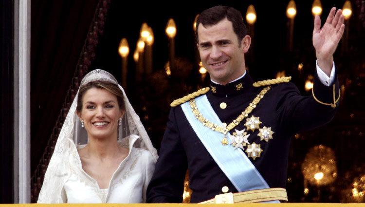 El Rey Felipe VI y la Reina Letizia el día de su boda