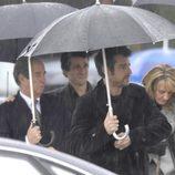 Antonio Vigo, Roberto García y Henar Ortiz en el funeral de Erika Ortiz