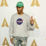 Pharrell Williams en el almuerzo de los nominados a los Oscar 2017