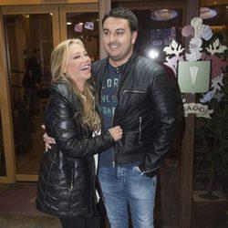 Belén Esteban y Miguel ríen divertidos en el cumpleaños de Kike Calleja