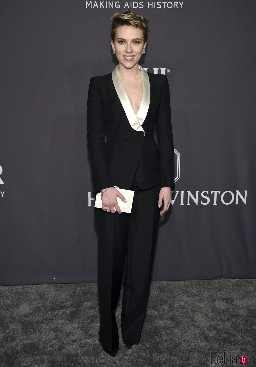 Scarlett Johansson en la Gala amfAR 2017 en Nueva York