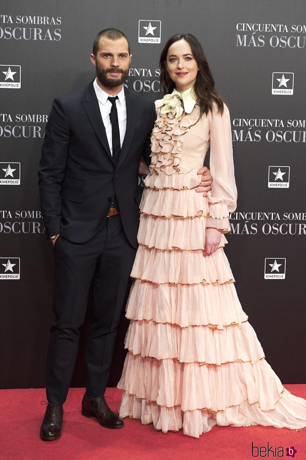 Dakota Johnson y Jamie Dornan en el estreno de 'Cincuenta Sombras Más Oscuras' en Madrid