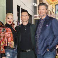 Gwen Stefani, Adam Levine y Blake Shelton en el Paseo de la Fama de Los Angeles