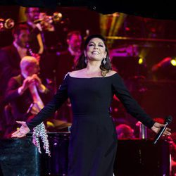 Isabel Pantoja en su concierto en el Palacio de los Deportes