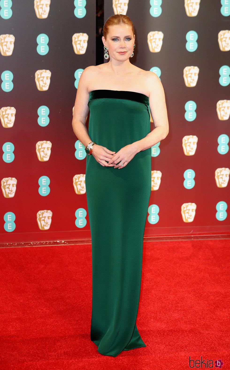 Amy Adams en la alfombra roja de los Premios Bafta 2017
