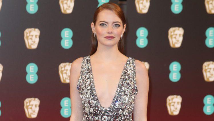 Emma Stone en la alfombra roja de los Premios Bafta 2017