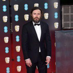 Casey Affleck en la alfombra roja de los Premios Bafta 2017