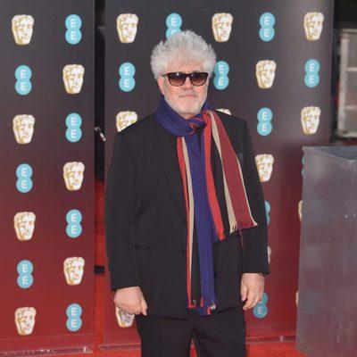Pedro Almodóvar en la alfombra roja de los Premios Bafta 2017