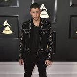 Nick Jonas en la alfombra roja de los Premios Grammy 2017