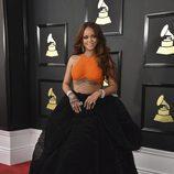 Rihanna en la alfombra roja de los Premios Grammy 2017