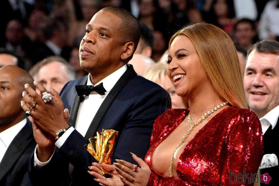 Jay Z y Beyoncé muy felices en los Premios Grammy 2017 ...