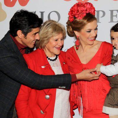 Carmen Bazán, Víctor Janeiro, Beatriz Trapote y Víctor Jr en la Pasarela Flamenca de Jerez