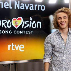 Manel Navarro se presenta como representante de España en Eurovisión 2017