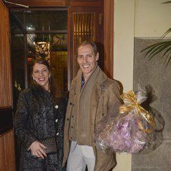 Manuel Bandera y su mujer en el 63 cumpleaños de Bibiana Fernández
