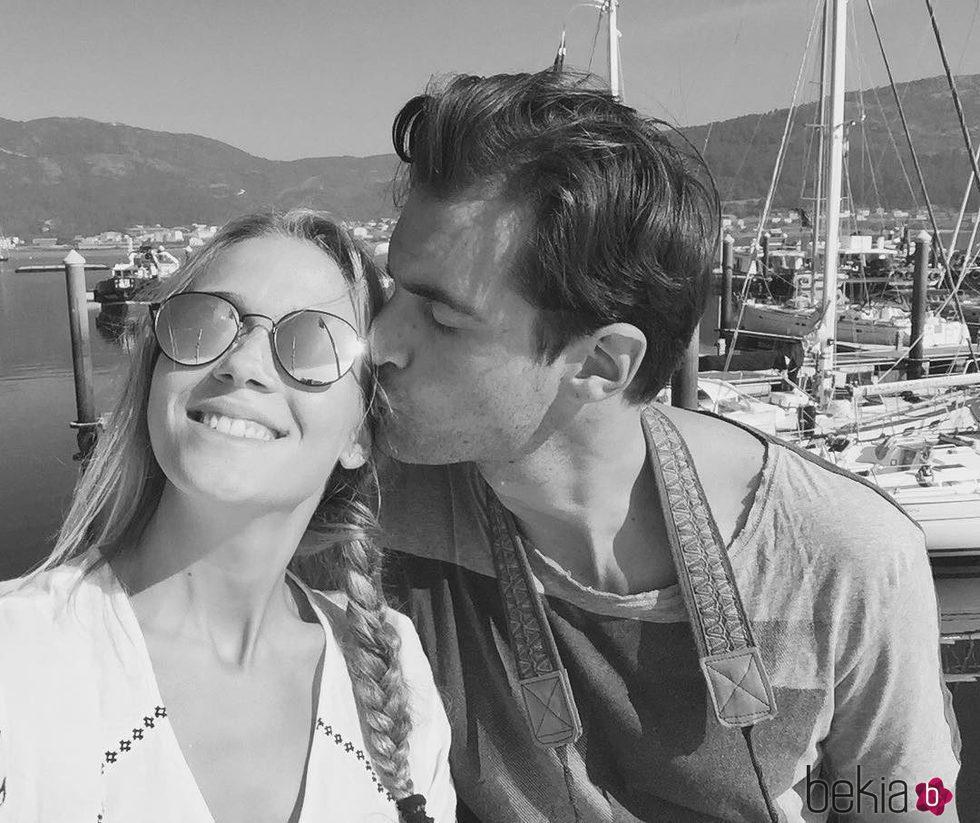 Patricia Montero se pone romántica con Álex Adrover