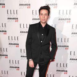 Nick Grimshaw en los Elle Style Awards 2017