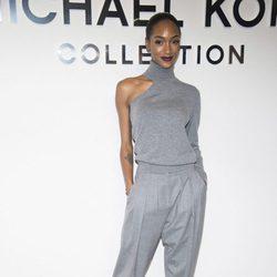Jourdan Dunn en el desfile de Michael Kors en Nueva York Fashion Week otoño/invierno 2017/2018