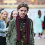 Thomas Brodie Sangster en el set de rodaje de 'Love Actually 2'